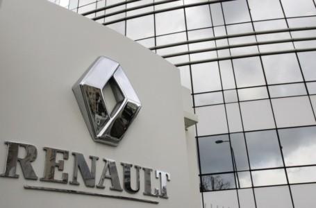 """Renault : """"Il est vraisemblable que le groupe puisse fermer des usines"""", selon Lenglet"""