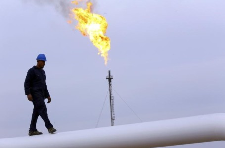 Libya Action Pauses Oil Rally After Weekly Gain of 10% By Investing.com