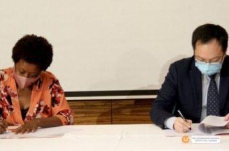 Unitel et Huawei s'associent pour fournir un accès à Internet gratuit aux écoles publiques